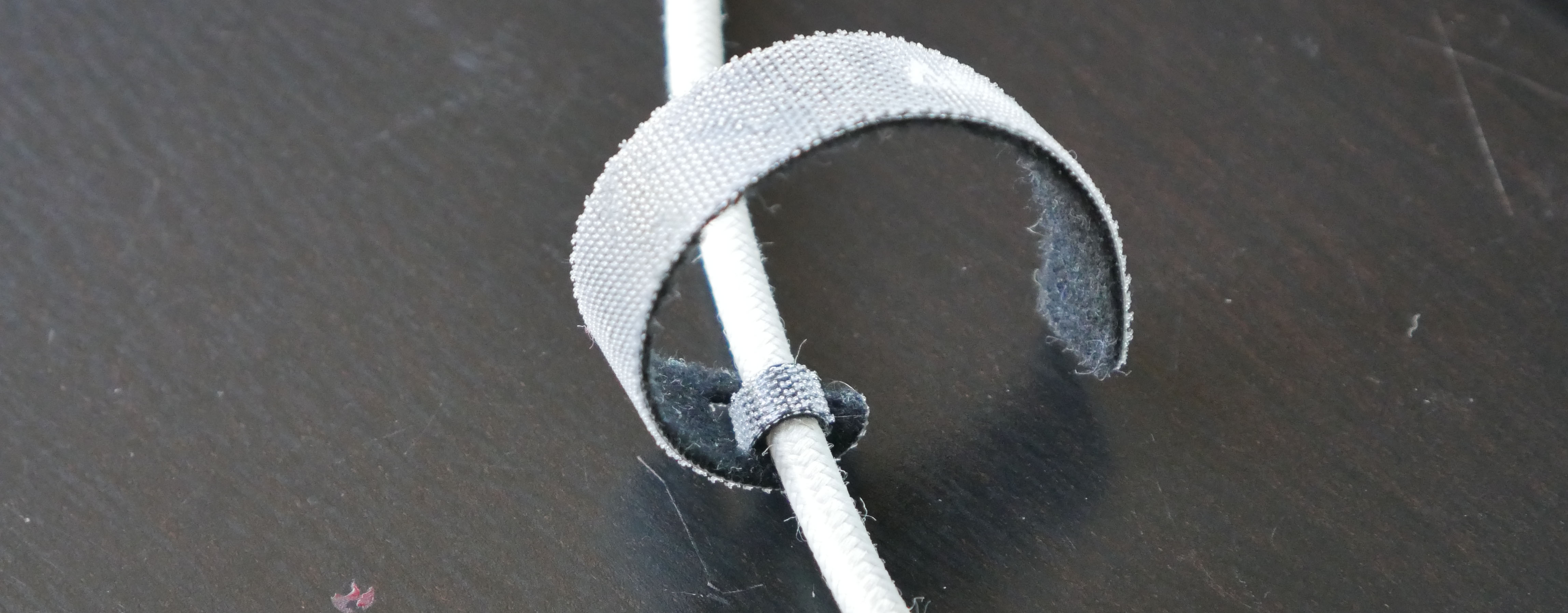 cable-anker-scratch